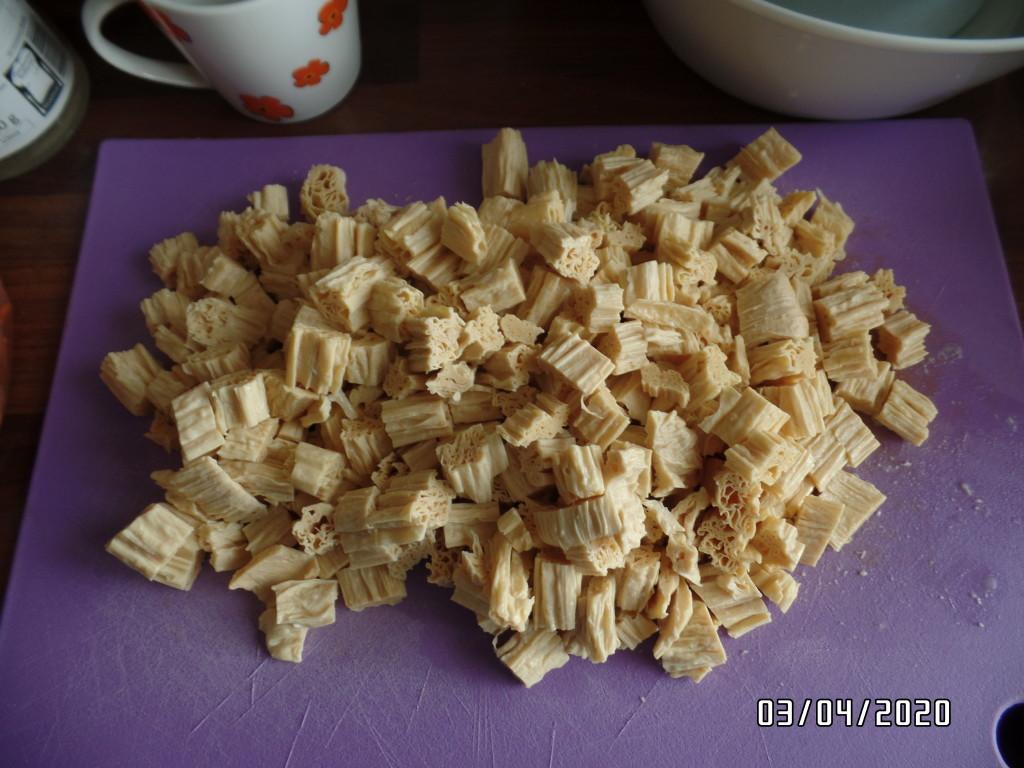 pokrojona skórka tofu
